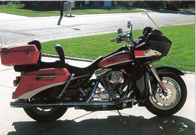 Photo of a 2000 Harley-Davidson® FLTRSEI Screamin' Eagle® Road Glide®