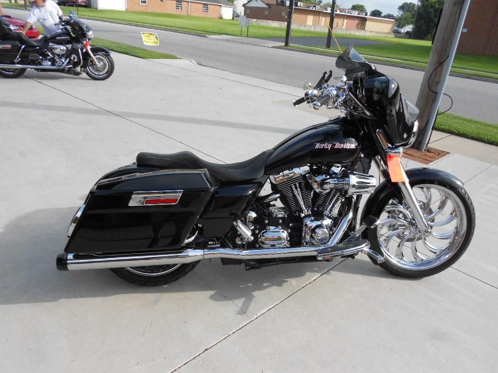 2007 Harley-Davidson® FLHX Street Glide® – $21900