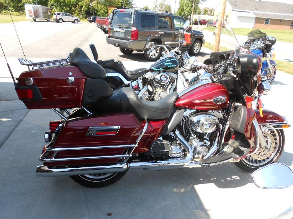 2009 Harley-Davidson® FLHTCU Electra Glide® Ultra Classic® – $14900