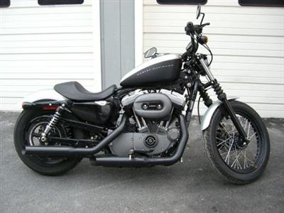 Photo of a 2009 Harley-Davidson® XL 1200N Sportster® 1200 Nightster™