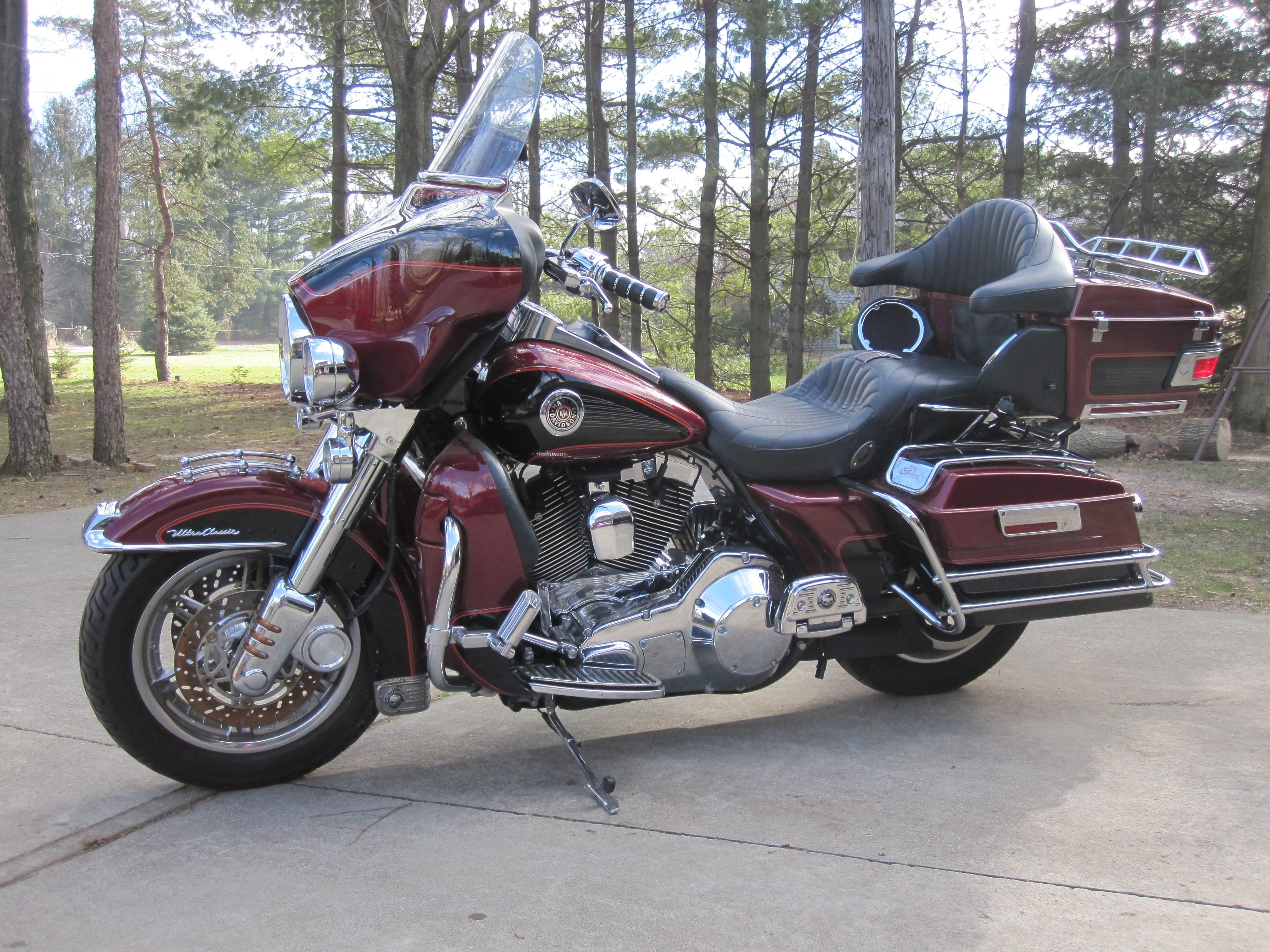 2001 Harley Davidson® FLHTCU/I Ultra Classic® Electra ...