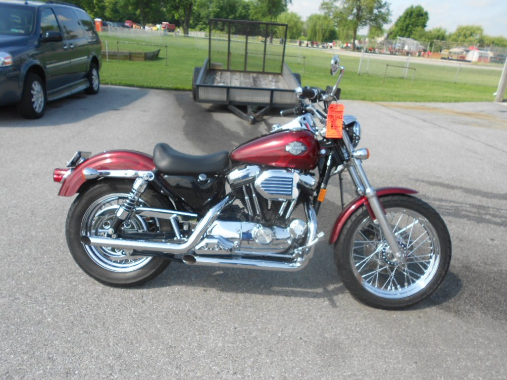 1995 Harley-Davidson® XL883DLX Sportster® 883 Deluxe – $2900
