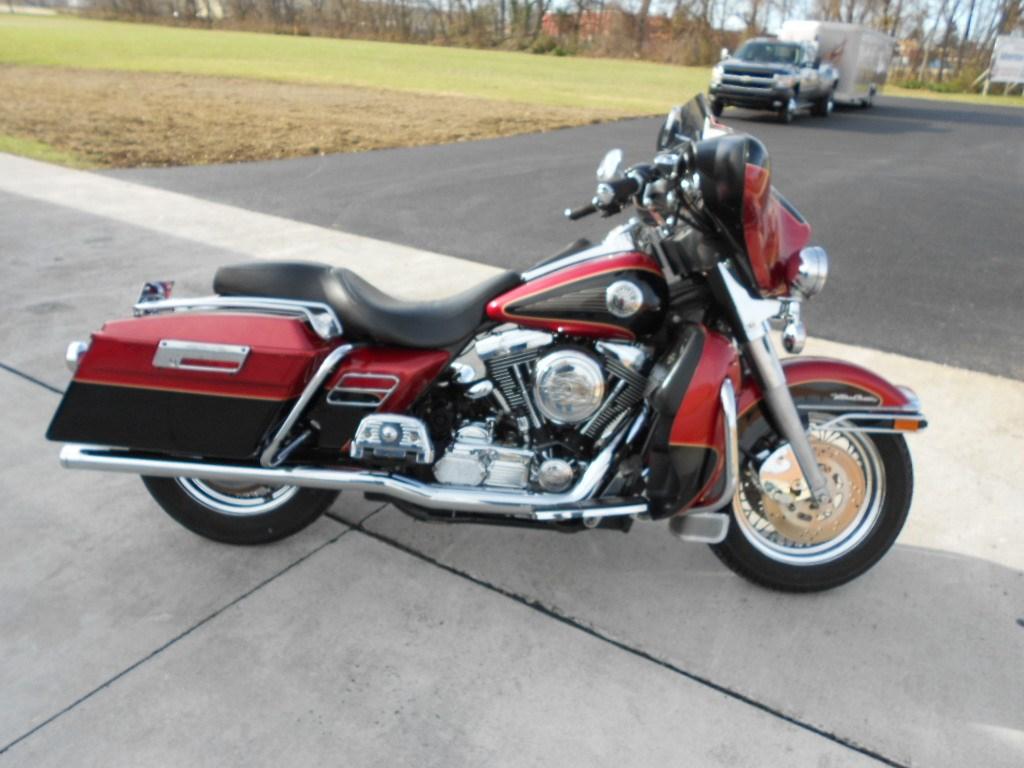 1998 Harley-Davidson® FLHTCU/I Electra Glide
