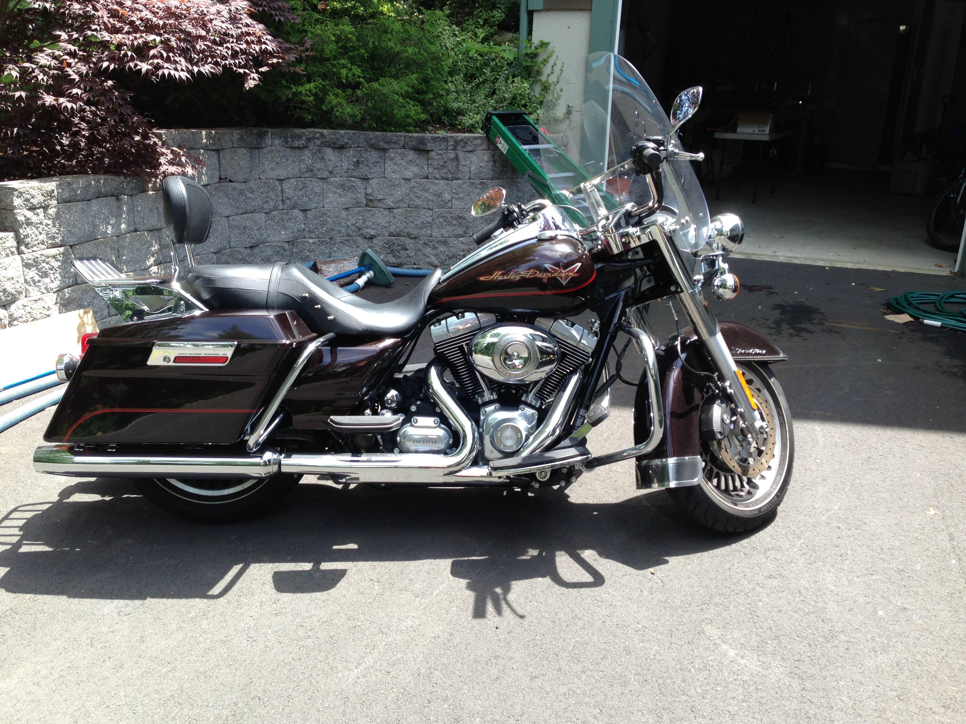 2011 Harley Davidson 174 Flhr Road King 174 Merlot Black