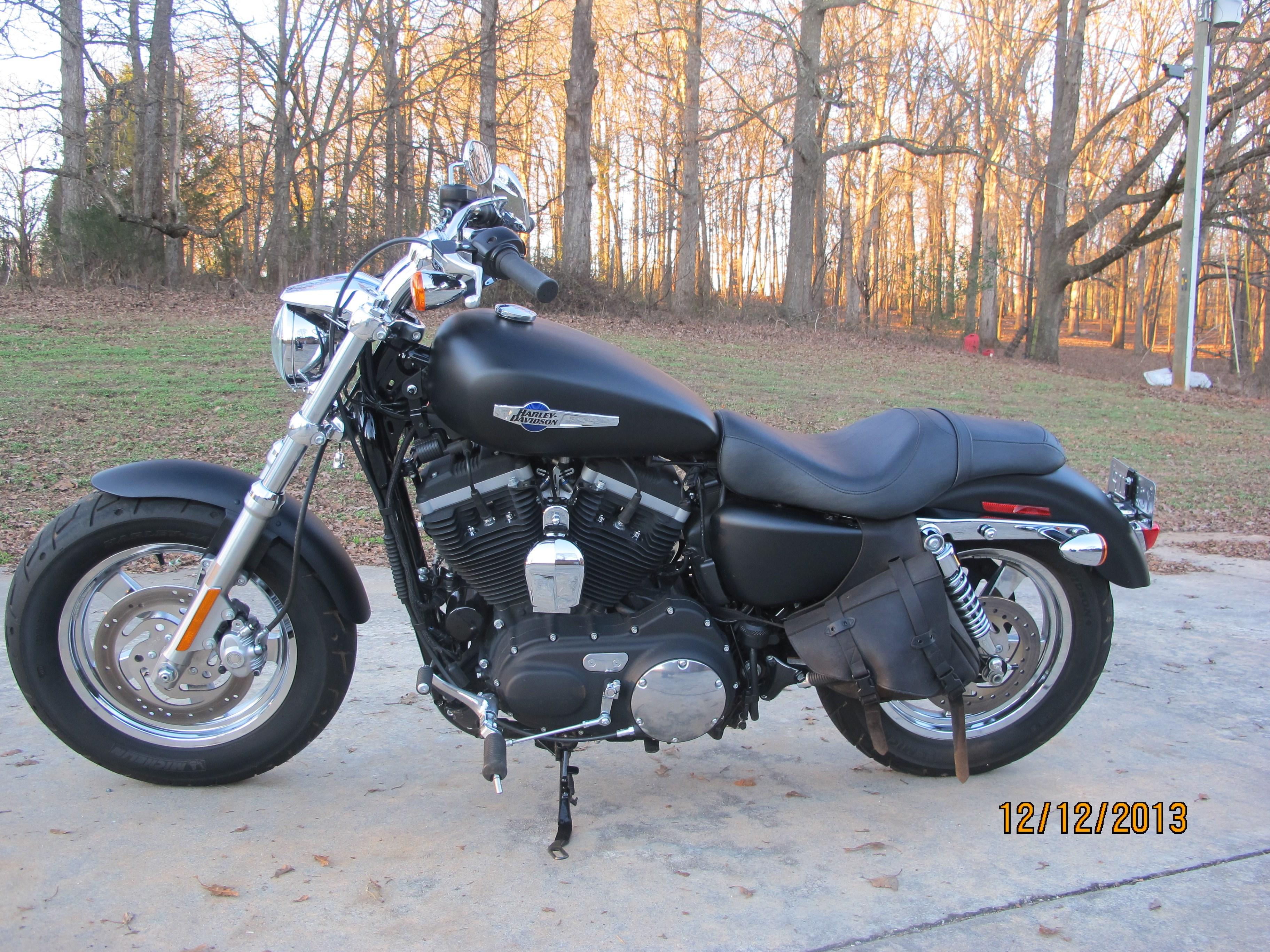 2012 Harley-Davidson® XL1200C Sportster® 1200 Custom ...