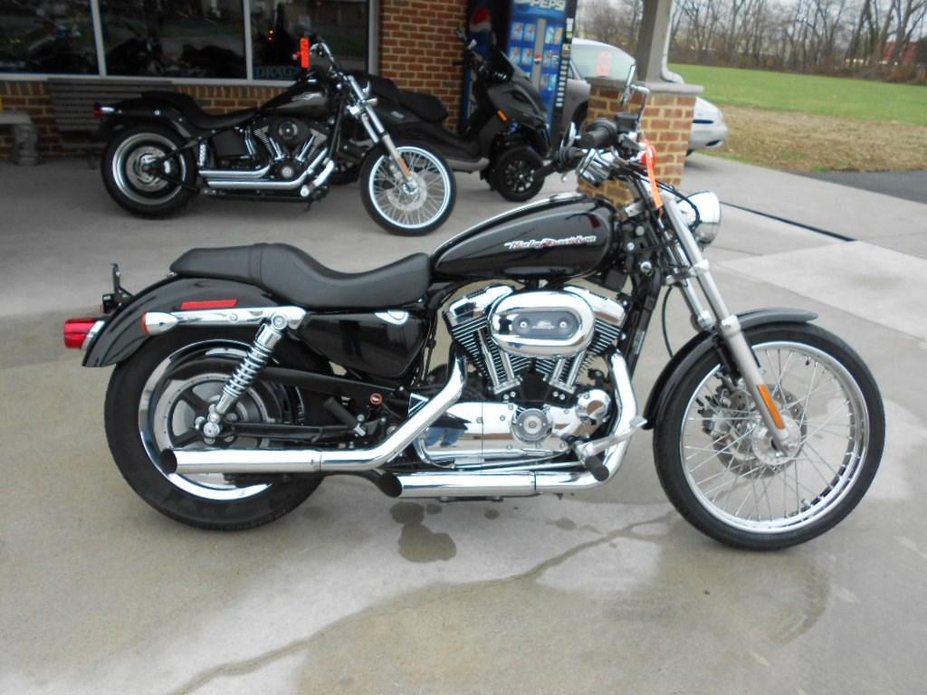 2005 Harley-Davidson® XL1200C Sportster