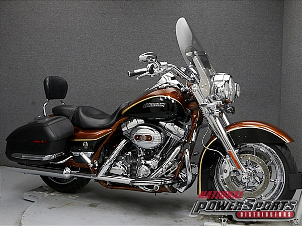 Photo of a 2008 Harley-Davidson® FLHRSE4 Screamin' Eagle® Road King Anniversary