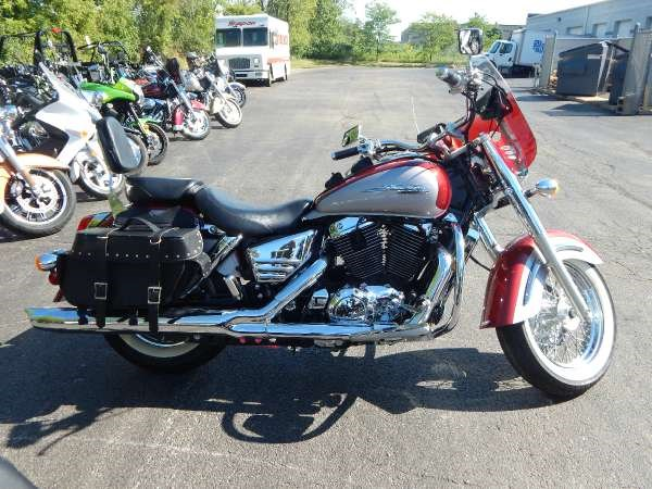 Aero red 1999 honda vt1100c3 motorcycle in big bend wi 4192181