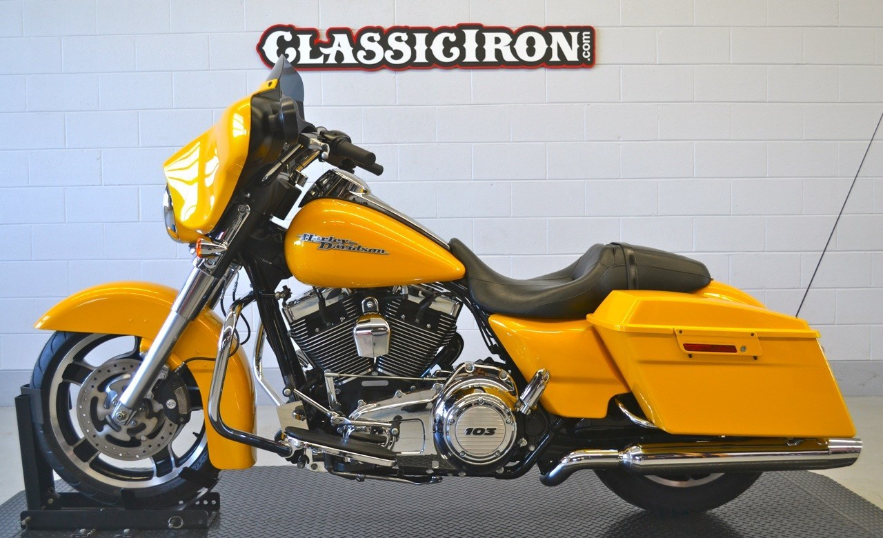 2013 Harley-Davidson® FLHX Street Glide® (Chrome Yellow Pearl ...